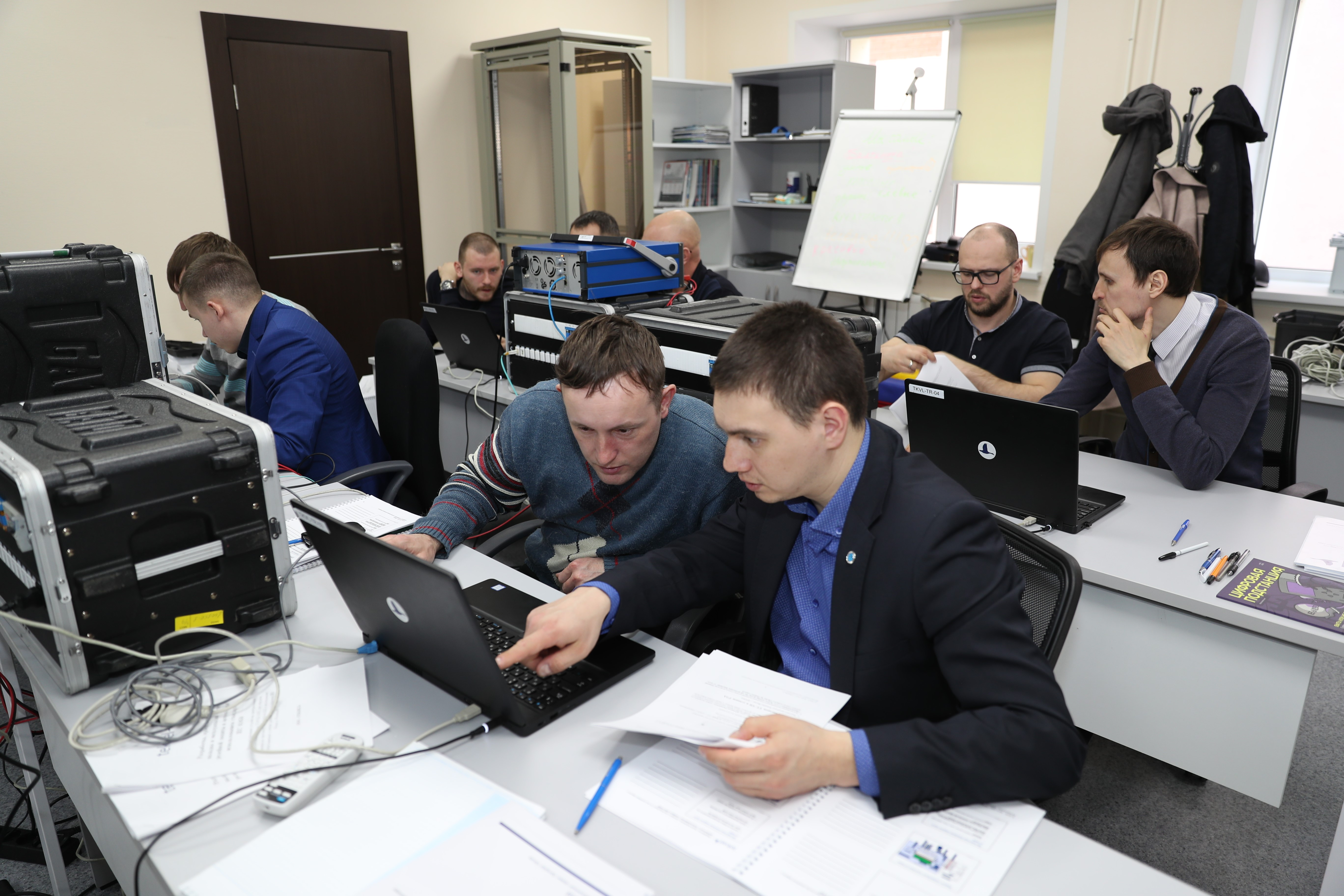 Специалисты Теквел провели серию корпоративных семинаров по стандарту МЭК 61850 для Сетевой компании Татарстана